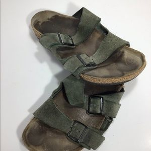 Birkenstock Shoes - Birkenstock green men's size 10 sandals shoes